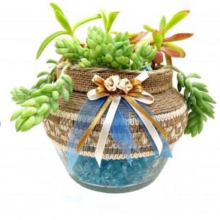 вазон с голубыми камнями 1